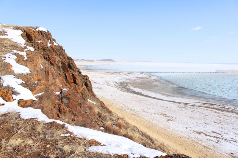 Вид на Зун-Торей с урочища Адон-Челон.