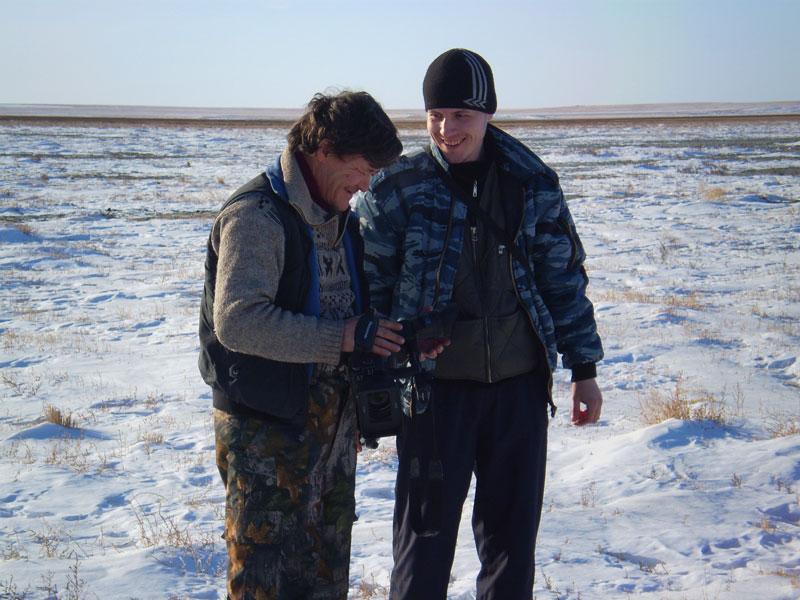 """Охуенный оператор Геннадий Шаликов делится бесценным опытом со своим начинающим коллегой из """"Алътеса""""."""
